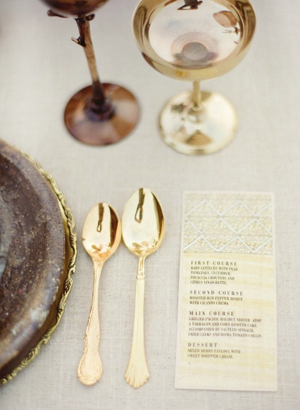 goldplacesetting3